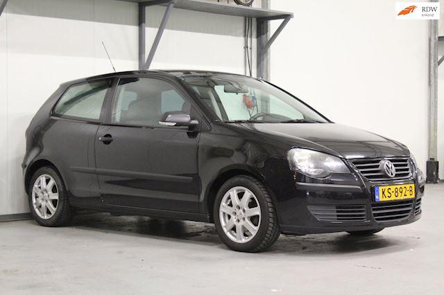 Volkswagen Polo 1.2-12V Highline   Airco   Sportief   Lees advertentie