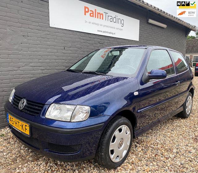 Volkswagen Polo 1.4-16V Trendline 2001 Nieuwe APK