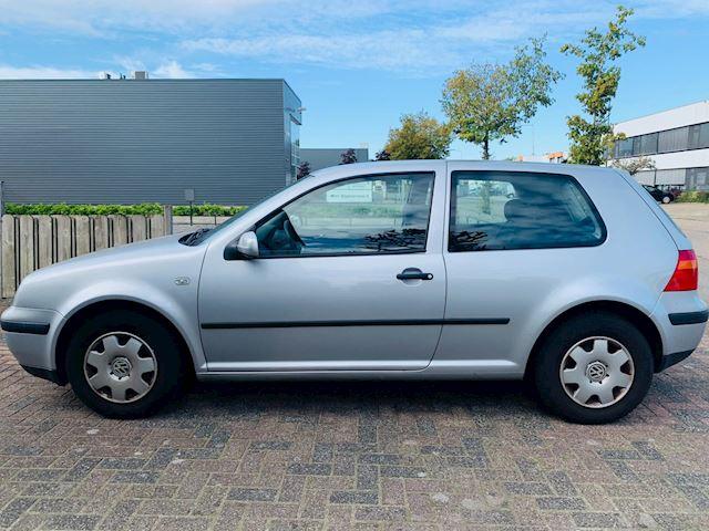 Volkswagen Golf 1.4-16V Comfortline Airco