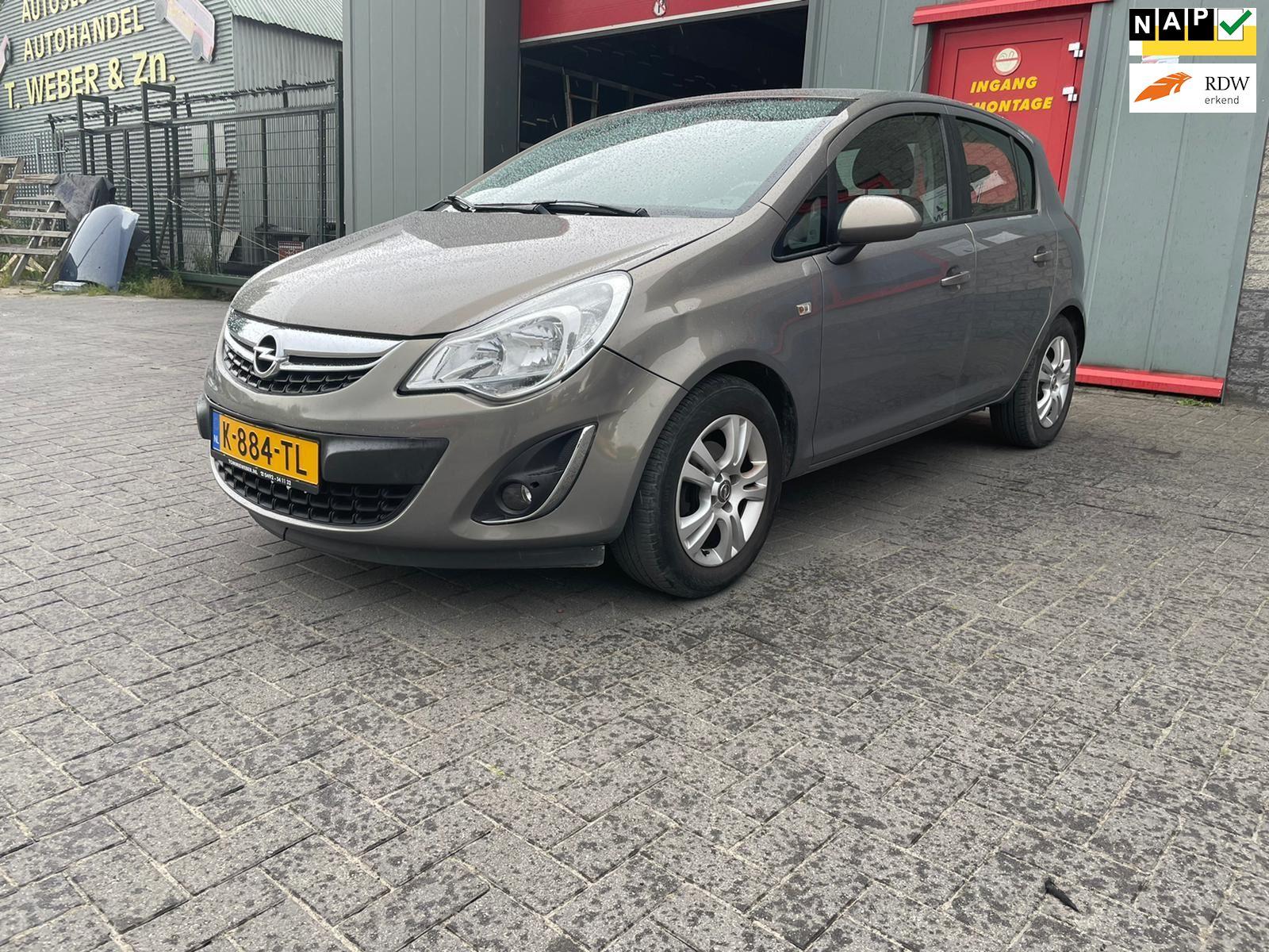 Opel Corsa occasion - Autobedrijf Tommie Weber & zn.