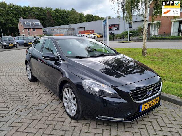 Volvo V40 1.6 T2 Momentum full navigatie