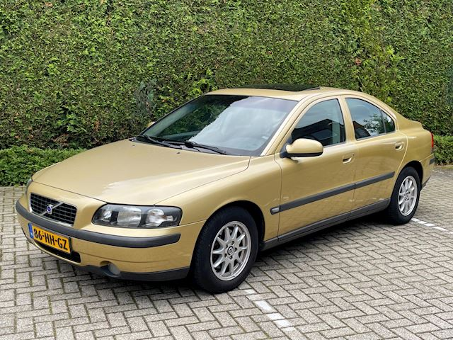 Volvo S60 2.4 Edition Aut Leder