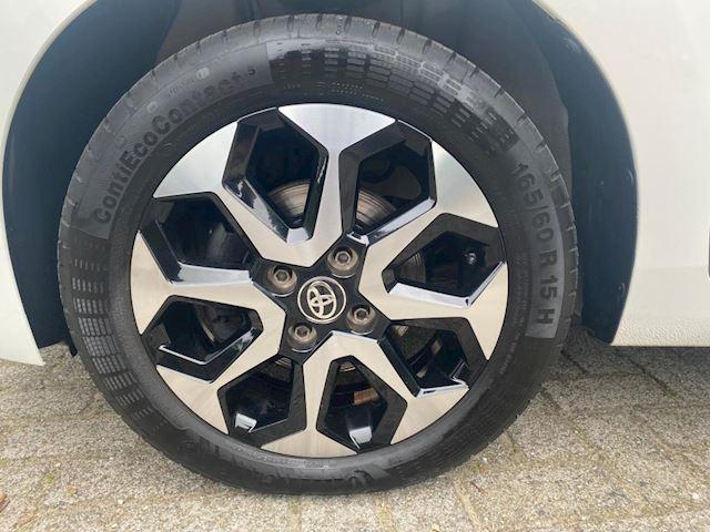 Toyota Aygo 1.0 VVT-i x-clusiv airco, cruise, 40000km