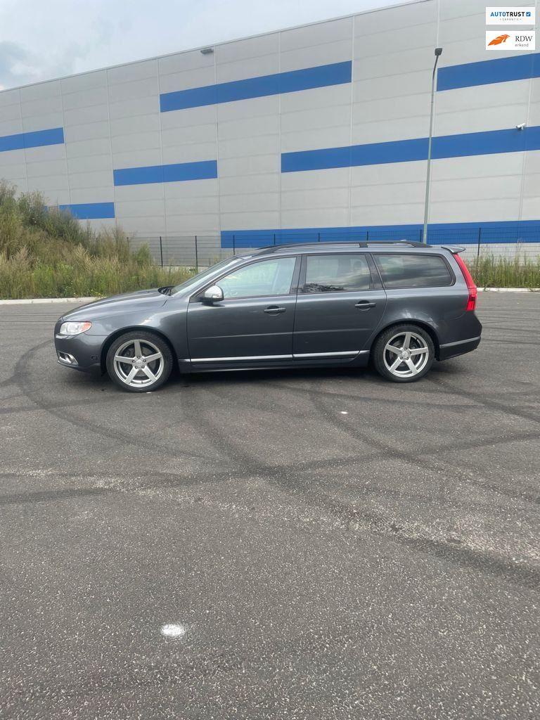 Volvo V70 occasion - Automotive-Venray