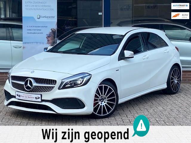 Mercedes-Benz A-klasse 180 Business Edition AMG! Alcantara/Camera/Cruise/Xenon/Led Performance/Start-stop! 1e eigenaar/Nieuwstaat!