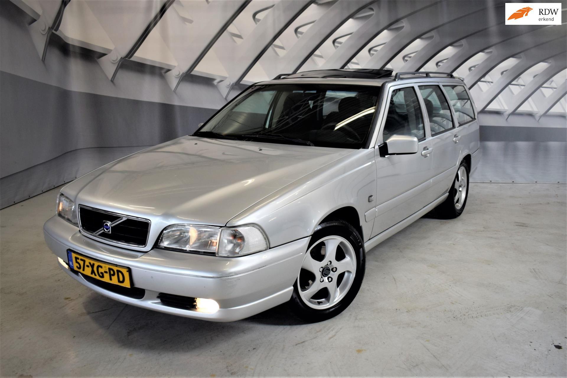Volvo V70 occasion - Cars4u