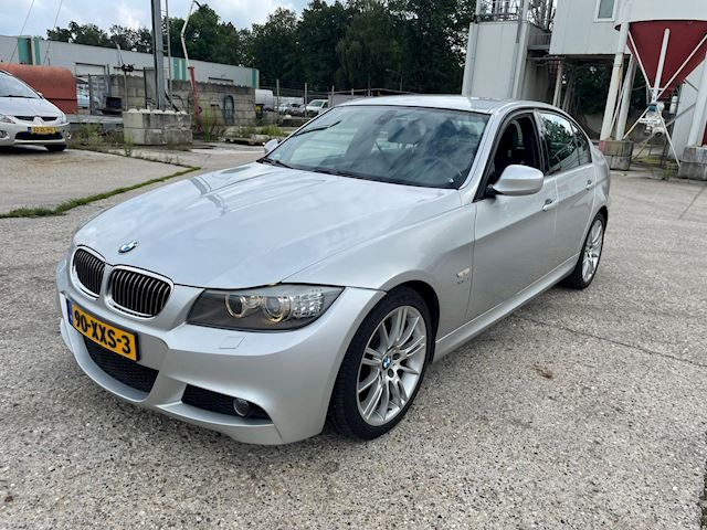 BMW 3-serie 330xd High Executive