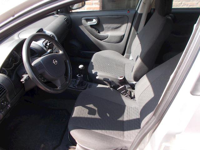 Opel Corsa 1.4-16V Njoy 5drs bj 2003 899 euro