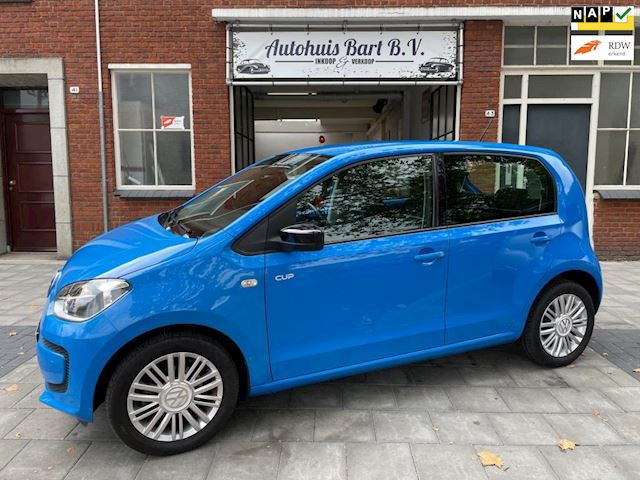 Volkswagen Up! 1.0 CUP up! BlueMotion, Airco! Cruise control! Sportvelgen!