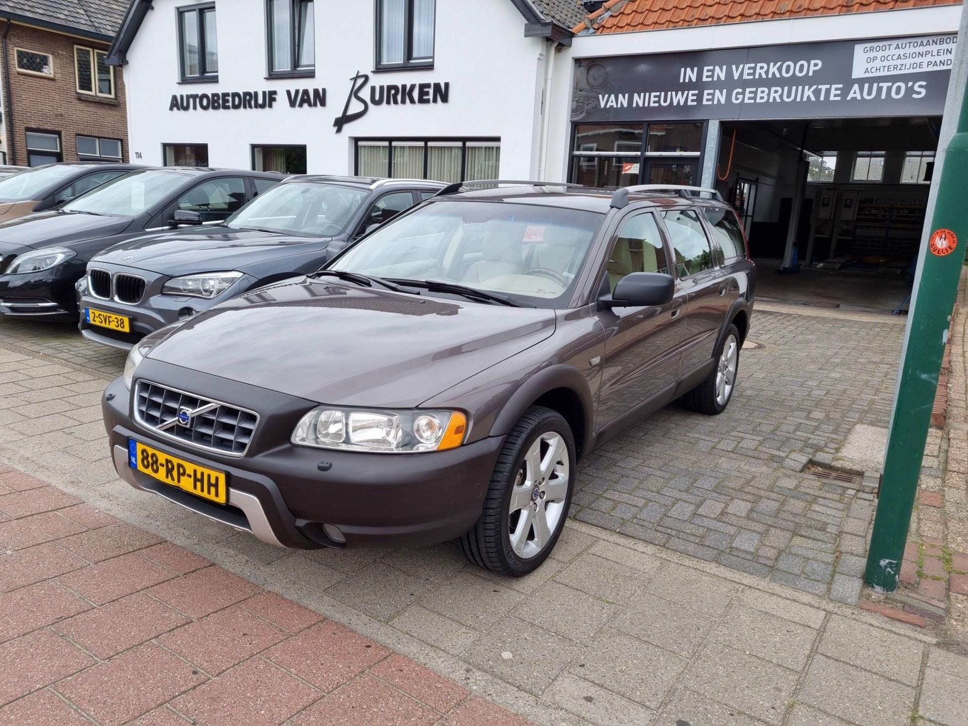 Volvo XC70 occasion - Autobedrijf van Burken