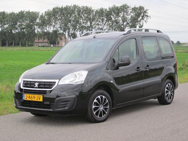 Peugeot Partner Tepee 1.2 PureTech Active Met Airco/Elektr pakket/Trekhaak
