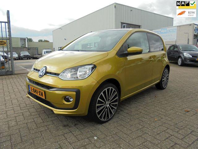 Volkswagen Up! 1.0 BMT high up!, Airco, Nieuwstaat