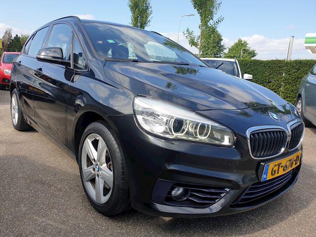 BMW 2-serie Active Tourer 218i Sport Leder Panodak Groot Navi Head Up