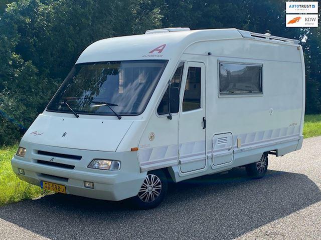 Peugeot AUTOSTAR  Camper / 4 Slaapplaatsen / Keurige staat