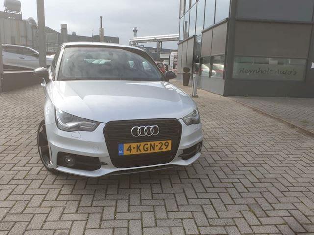 Audi A1 Sportback 1.2 TFSI S-line
