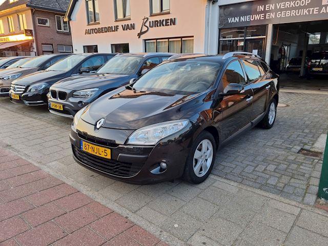 Renault Mégane Estate 1.6 Dynamique,Climate control,Cruise control,Trekhaak,L.M.Velgen