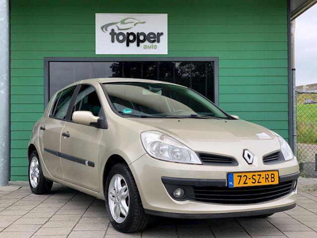 Renault Clio 1.6-16V Dynamique Luxe / CruiseControl / Airco /