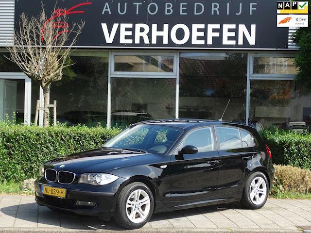 BMW 1-serie 116i Introduction - AIRCO  - 6 BAK - APK TOT 06/2022 - BOEKEN - 2 SLEUTELS !!