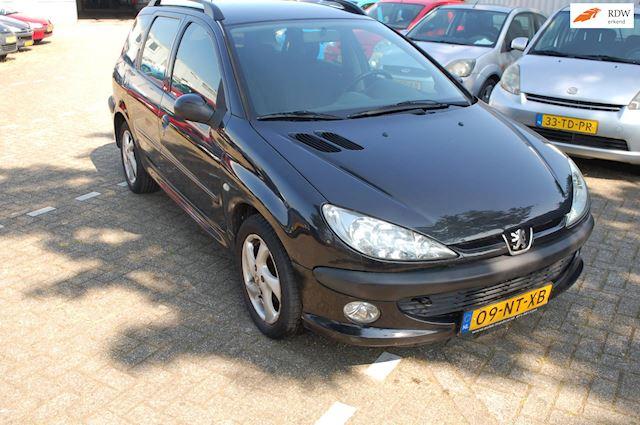 Peugeot 206 SW 1.4-16V XS APK tot 25-06-2022