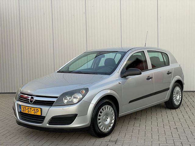 Opel Astra 1.6 Business , Airco , 5 Deurs , APK 06-2022