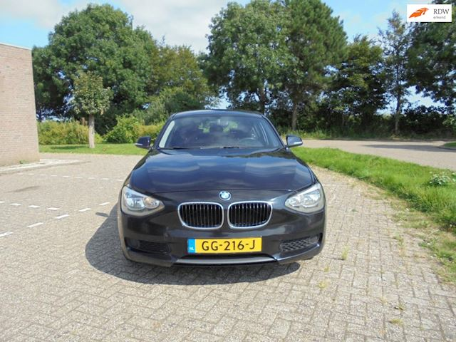BMW 1-serie BMW 1-serie 116i 5-deurs/Bouwjaar 2011/Airco, ( NIEUWE MODEL )