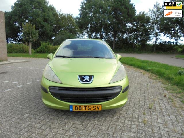 Peugeot 207 1.4 HDI XR 5-deurs/Bouwjaar 2006/Airco,