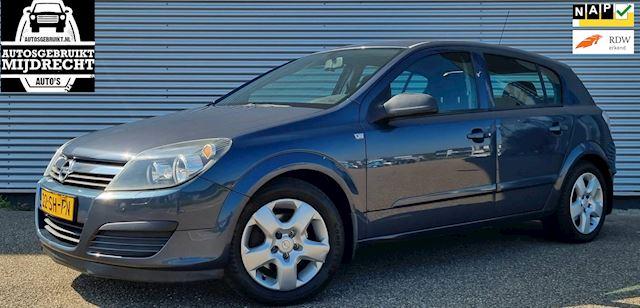 Opel Astra 1.8 Edition / 5-deurs / Trekhaak / Airco / Cruise / Elektr. ramen /