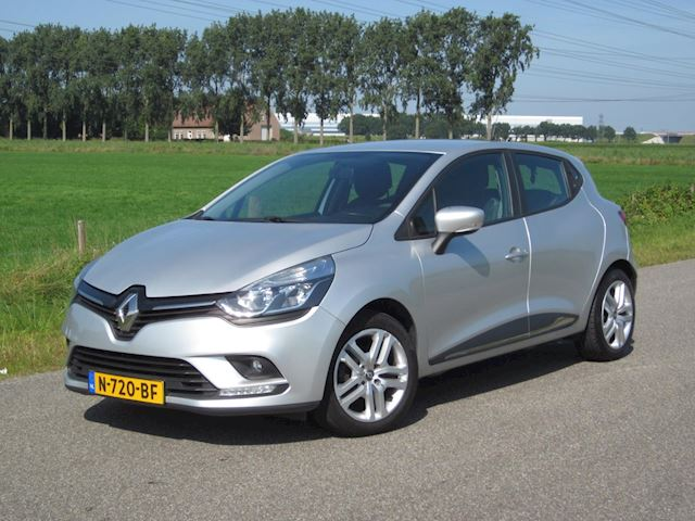 Renault Clio 0.9 TCe Limited BJ2019 Met Airco/Navig/Led/PDC