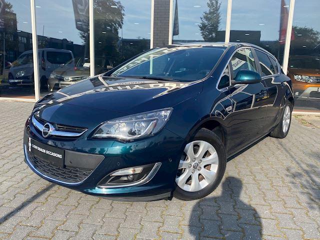 Opel Astra 1.4 Turbo Limited Edition lane assist Adaptive Cruisecontrol