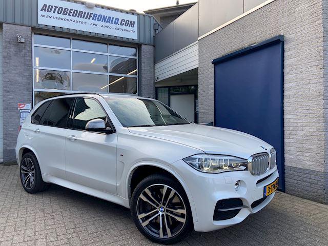 BMW X5 M50d NL.Auto/Bang &olufsen/Camera/ComfortStoelen/Trekhaak/20Inch/Dealer Onderhouden