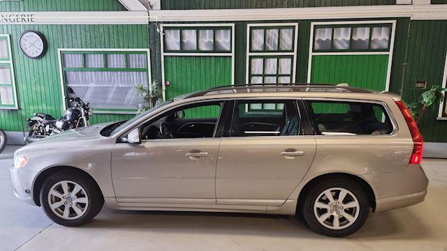 Volvo V70 2.5 T / Automaat / Top Onderhouden / Trekhaak