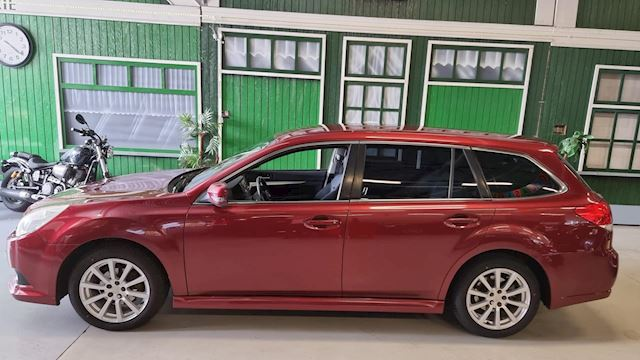 Subaru Legacy Outback 2.5 Outback AWD Luxe / Automaat / 4x4 /trekhaak