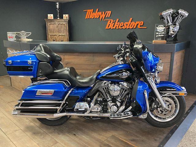 Harley Davidson FLHTCU Ultra Glide Classic occasion - Motown Bikestore