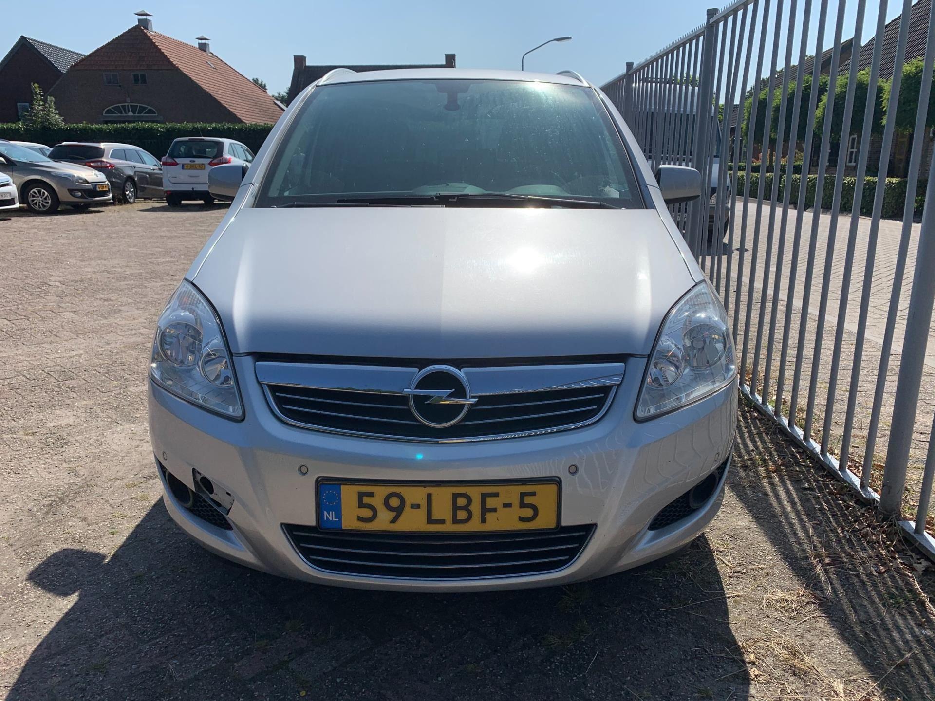 Opel Zafira occasion - DDM Export B.V.