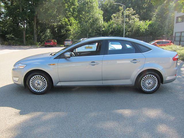 Ford Mondeo 2.0-16V Titanium navi pdc nw apk 134000 km!!!