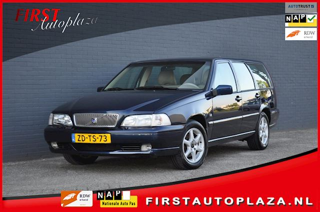 Volvo V70 2.5 Sports-Line AUTOMAAT AIRCO/CRUISE/LEDER INRUILKOOPJE !
