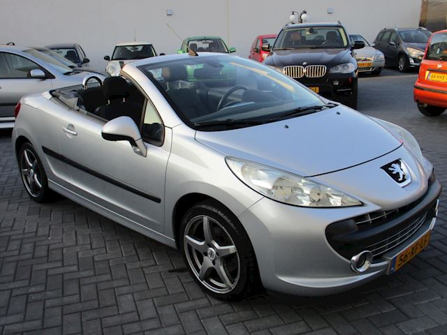 Peugeot 207 CC 1.6 VTi Première AIRCO 92 DKM !!
