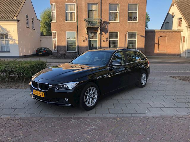 BMW 3-serie Touring 320d EfficientDynamics Edition Executive Upgrade AUTOMAAT ELECT. TREKHAAK