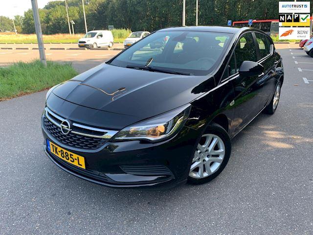 Opel Astra 1.6 CDTI Innovation I NAVI I LED I PDC I AUTOMAAT I DEALER O.H.