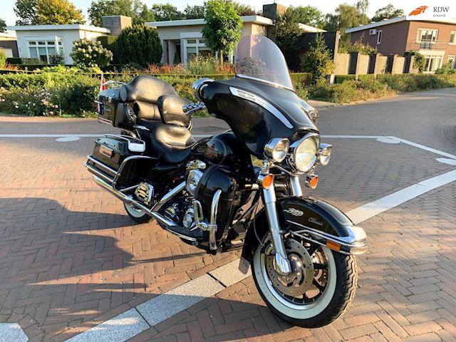 Harley Davidson Tour occasion - Eric van Aerle Auto's