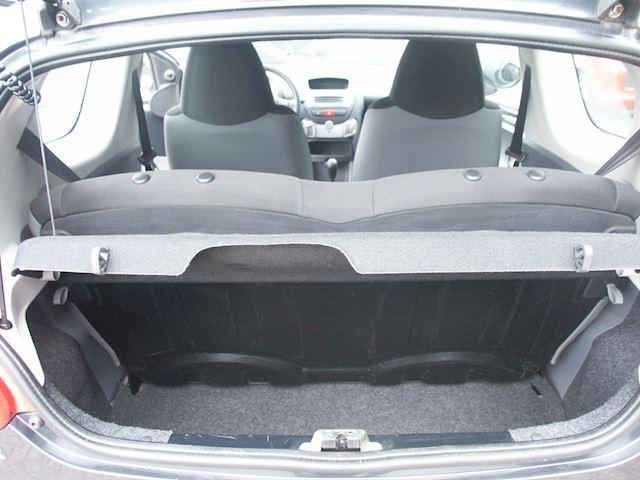 Toyota Aygo 1.0-12V