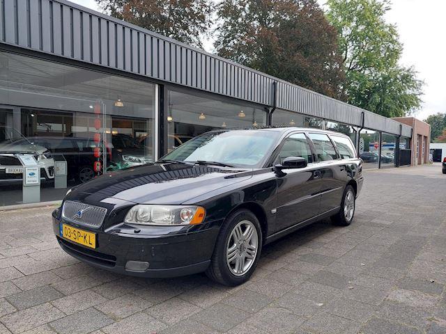 Volvo V70 2.4 Edition II Automaat/Dealer oh/Twee eigenaren/Clima/Cruise/PDC/Trekhaak/Stoelverwarming/16 inch