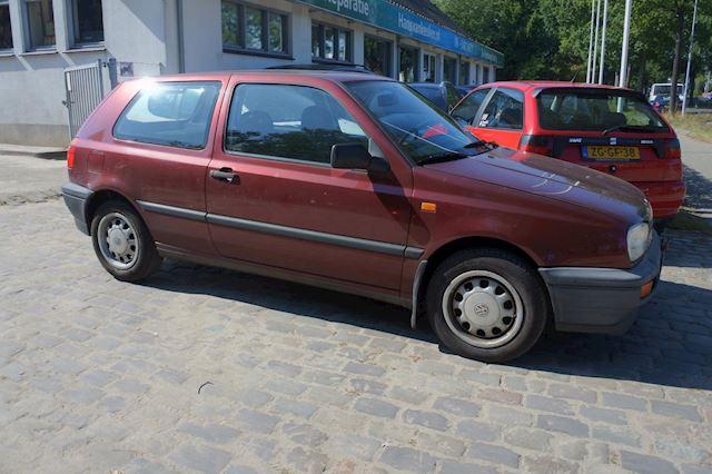 Volkswagen Golf 1.8 CL Orlando airco trekhaak nw apk 9-9-2022