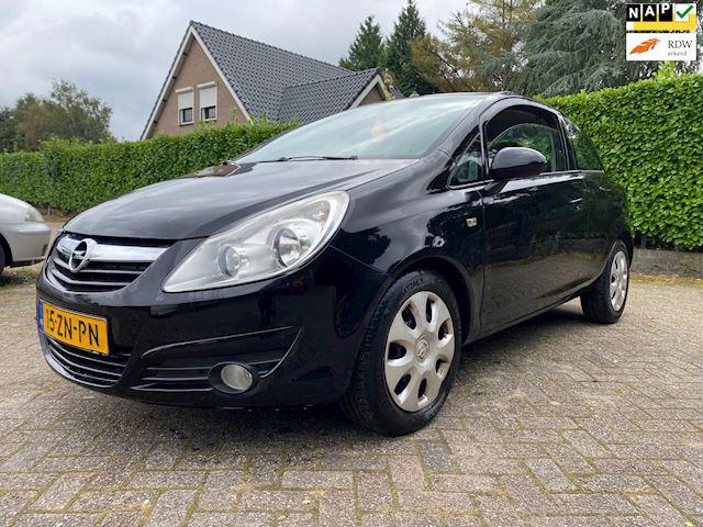 Opel Corsa 1.4-16V Enjoy  , trekhaak, nap , airco