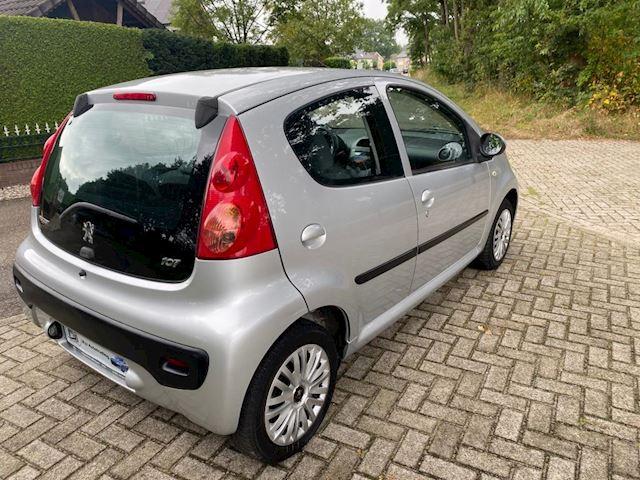 Peugeot 107 1.0-12V XS 120000km automaat apk 09-2022