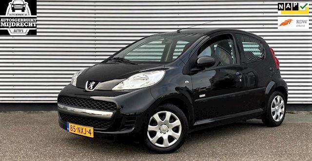 Peugeot 107 1.0-12V Millesim 200 / 5-deurs / airco / elek ramen / 1e eigenaar