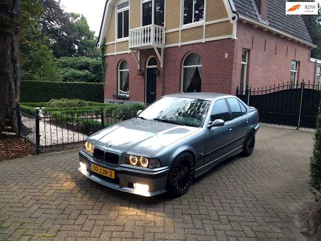 BMW 3-serie 323i Executive