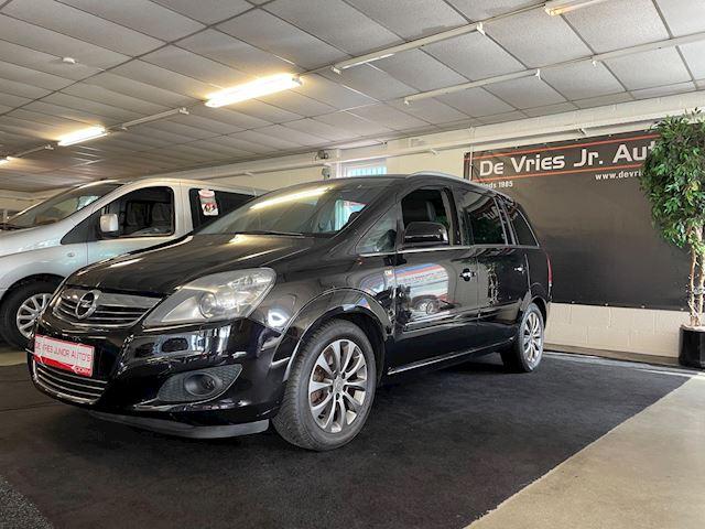 Opel Zafira 2.2 Cosmo. 7-persoons, alle opties en goed onderhouden!