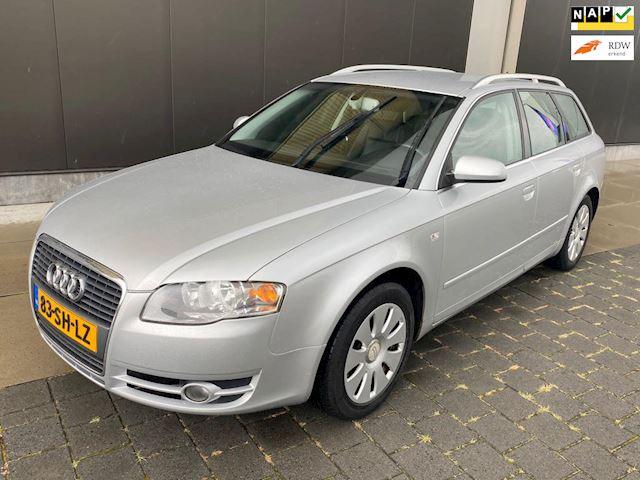 Audi A4 Avant 2.0 TDI Pro Line / Automaat / Navi / Trekh.