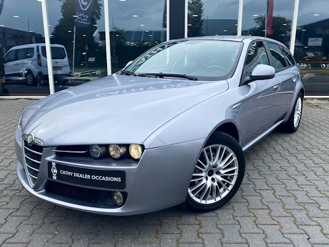 Alfa Romeo 159 Sportwagon 1.8 mpi Navigatie Lederen bekleding